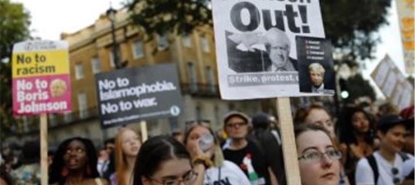 بورس جانسن کی کامیابی پر ہزاروں افراد کا لندن میں احتجاج،…