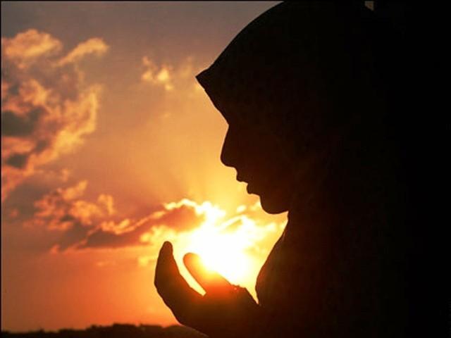 دعا سے بدل جاتی ہے تقدیر