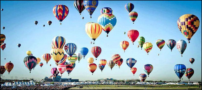 فلپائن میں رنگ برنگے غبارے فضا میں بکھر گئے