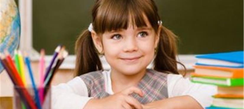 4 سالہ بچی کی مشکل ترین پڑھائی نے ماں کو چکرا دیا