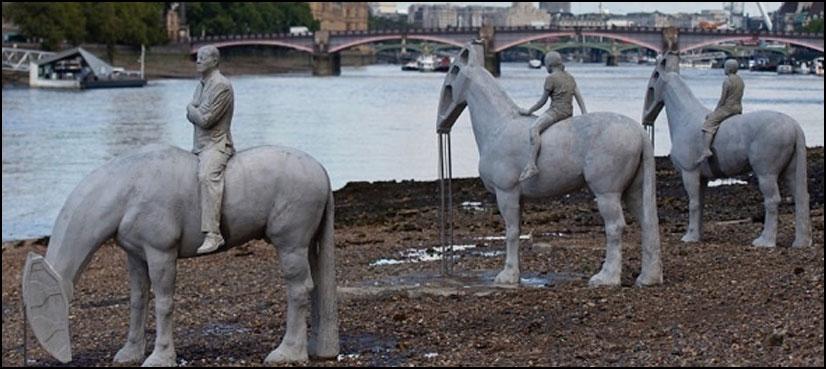 روز شام کے وقت غائب ہوجانے والے مجسمے