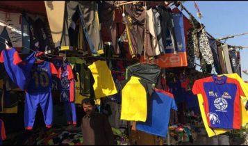 پی ایس ایل فائنل: کراچی میں ٹی شرٹس کی ریکارڈ فروخت