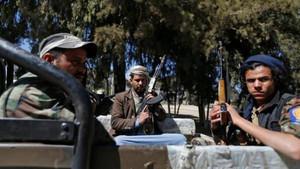 تعز: یمنی فوج کے ٹھکانوں میں گھسنے کی کوشش پر حوثیوں کی ہلاکتیں