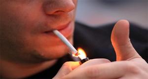 سگریٹ سے وزن کم ہوتا ہے یا زیادہ : سائنس نے بتا دیا