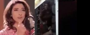 ظالما کوکا کولا پلا دے گانے پر ایک پاکستان عورت کا زبردست جواب ، آپ ہنس ہنس کر پاگل ہوجاینگے- ویڈیو دیکھیں